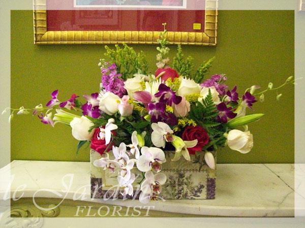 http://floristpalmbeachgardens.com/flowers/le-jardin-flowers039.jpg